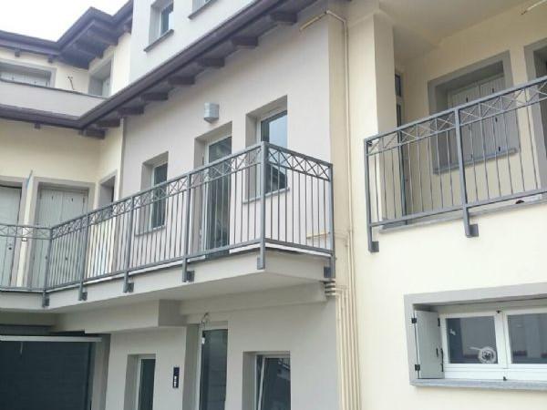 Appartamento in vendita a Bellinzago Lombardo, Villa Fornaci, 72 mq