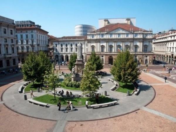 Appartamento in vendita a Milano, Brera - Centro Storico, 57 mq