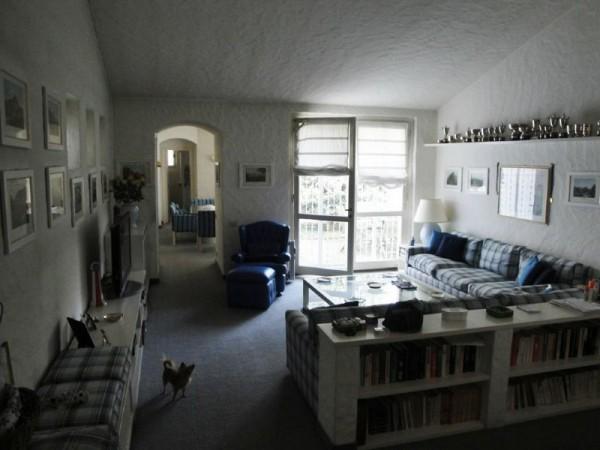 Villa in vendita a Lentate sul Seveso, 225 mq