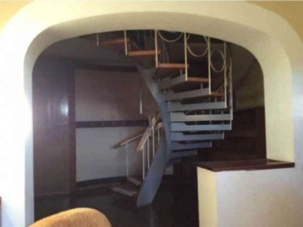 Casa indipendente in vendita a Angera, 650 mq - Foto 16