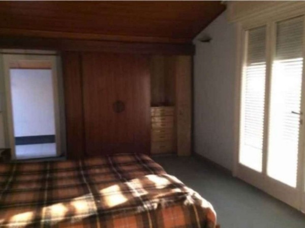 Casa indipendente in vendita a Angera, 650 mq - Foto 11