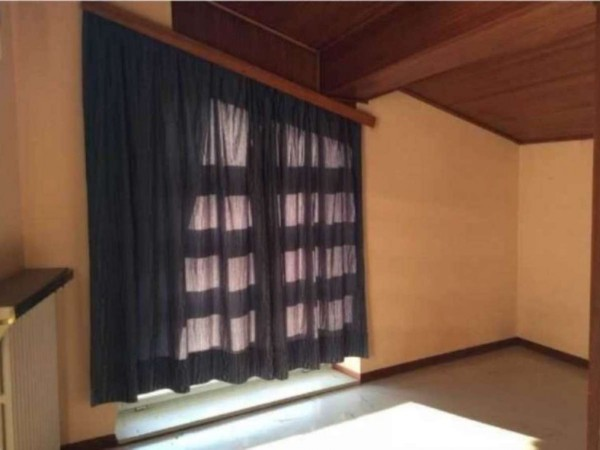 Casa indipendente in vendita a Angera, 650 mq - Foto 10