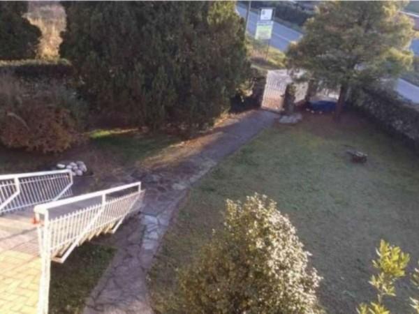 Casa indipendente in vendita a Angera, 650 mq - Foto 13