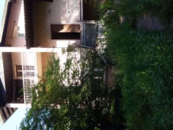 Casa indipendente in vendita a Angera, 650 mq - Foto 9