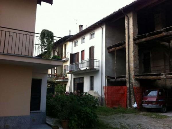 Rustico/Casale in vendita a Gavirate, Chiostro, 240 mq