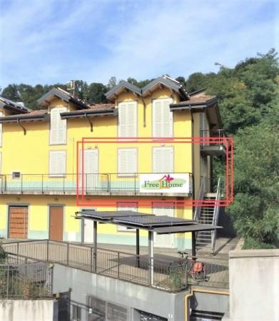 Appartamento in vendita a Gavirate, Acli Zona Stazione, 55 mq