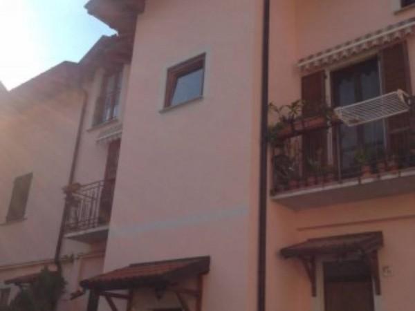Appartamento in vendita a Azzate, Centro, Arredato, 80 mq - Foto 3