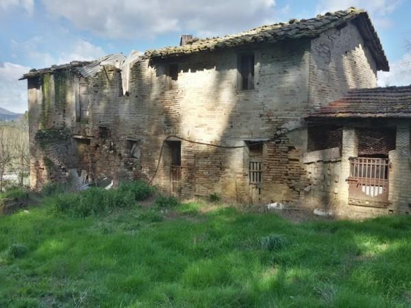 Rustico/Casale in vendita a Perugia, Sant`egidio(sant`egidio) - Sant`egidio, Pianello, 350 mq