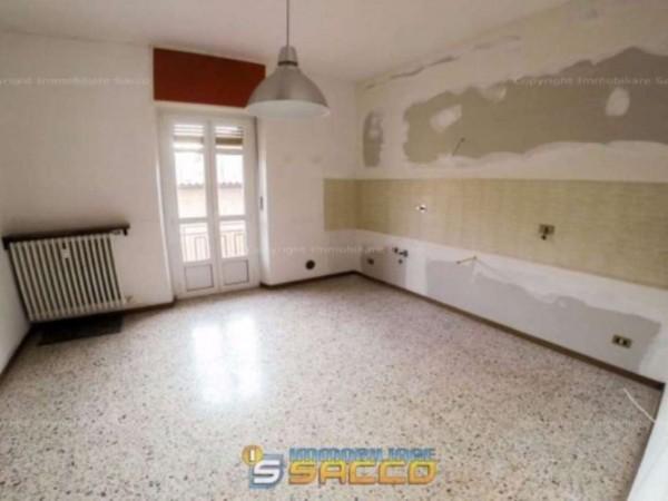 Appartamento in affitto a Orbassano, 80 mq