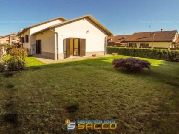Villa in vendita a Orbassano, 220 mq