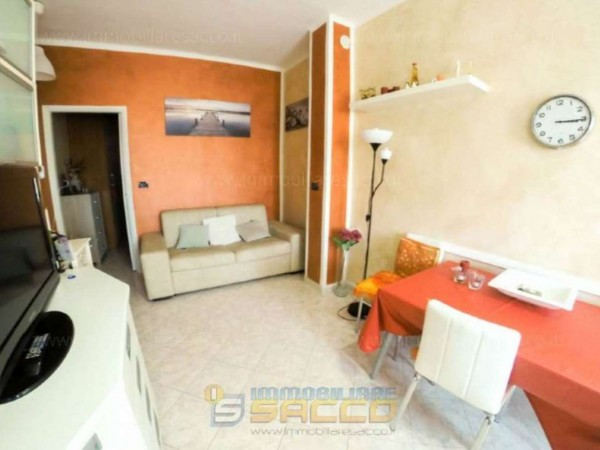 Appartamento in vendita a Orbassano, Centrale, Arredato, 45 mq - Foto 4