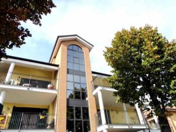 Appartamento in vendita a Piossasco, Arredato, 65 mq