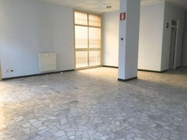 Locale Commerciale  in affitto a Genova, 300 mq - Foto 4