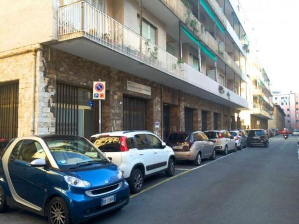 Locale Commerciale  in affitto a Genova, 300 mq - Foto 8