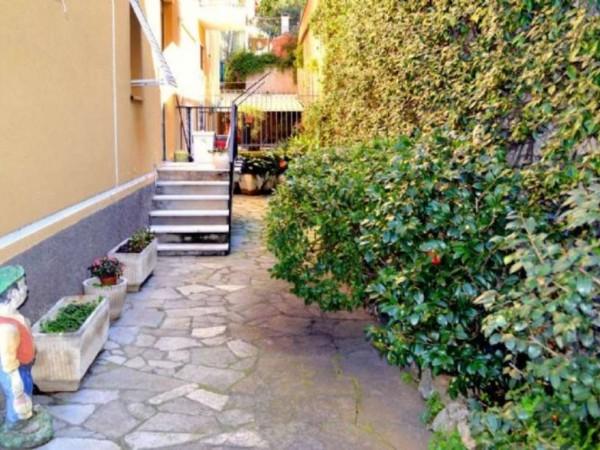 Appartamento in vendita a Recco, Centrale, Con giardino, 100 mq - Foto 2