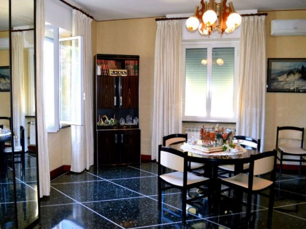 Appartamento in vendita a Recco, Centrale, Con giardino, 100 mq