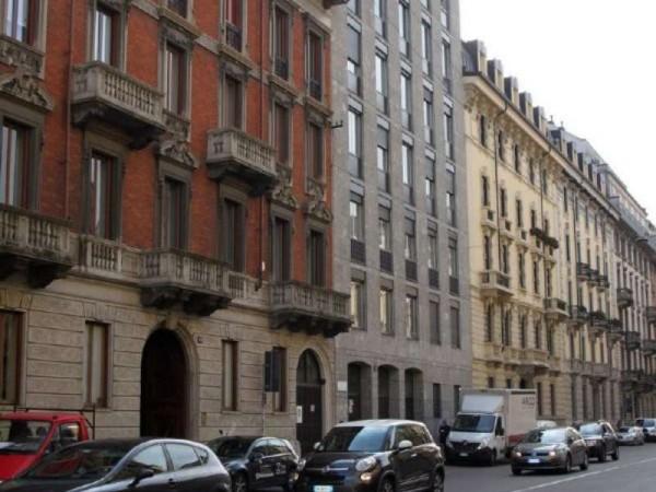 Appartamento in vendita a Milano, Piazza Virgilio, 130 mq