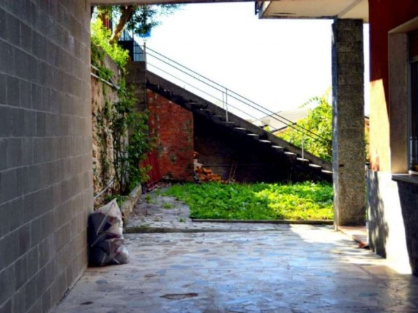 Appartamento in vendita a avegno testana con giardino for Giardino 90 mq