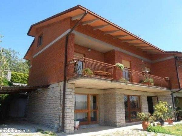 Villa in vendita a Perugia, Montelaguardia, 460 mq