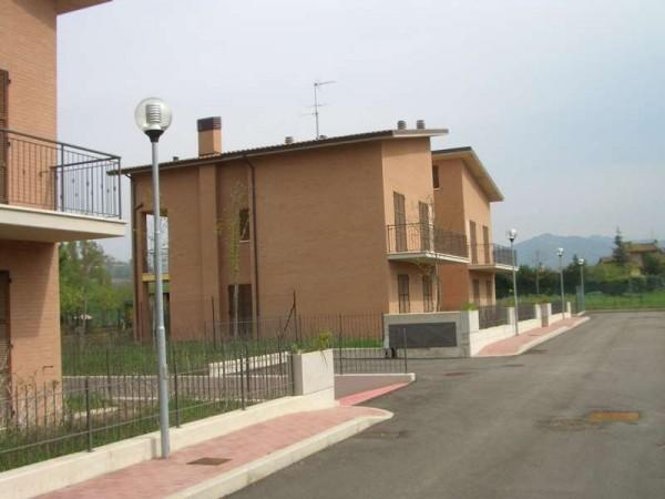 Appartamento in vendita a Perugia, Resina, Con giardino, 80 mq - Foto 3
