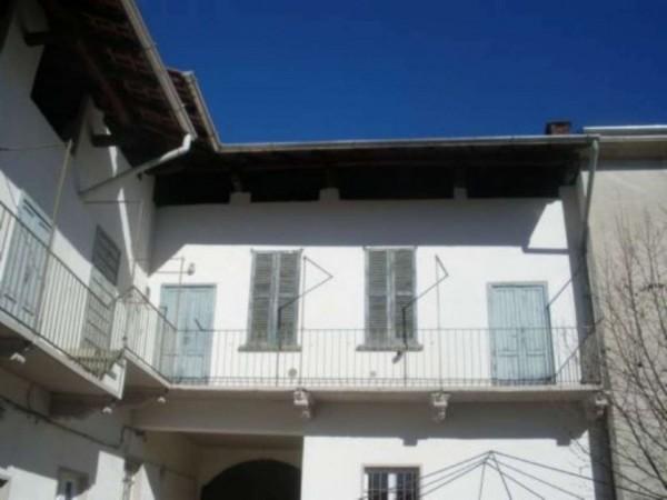 Casa indipendente in vendita a Busto Arsizio, 310 mq
