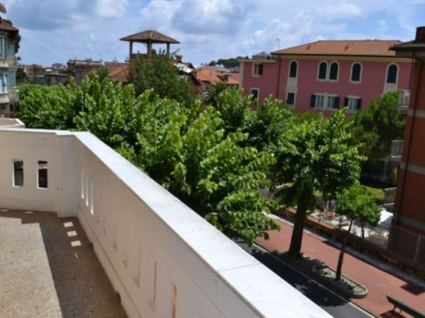 Appartamento in vendita a Santa Margherita Ligure, Centro, 155 mq - Foto 2