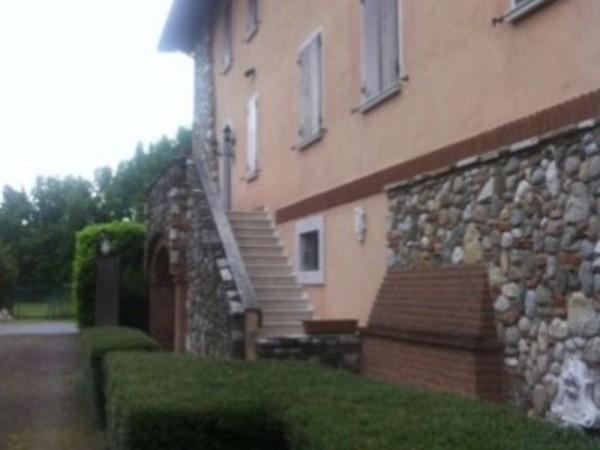 Rustico/Casale in vendita a Puegnago sul Garda, 420 mq