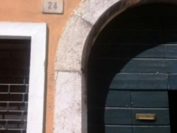 Appartamento in affitto a Brescia, Centro Storico Pregiato, 35 mq