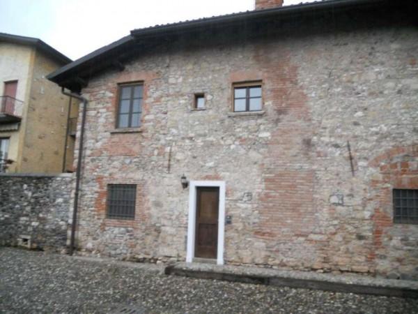 Appartamento in vendita a Brescia, Urago Mella, 65 mq