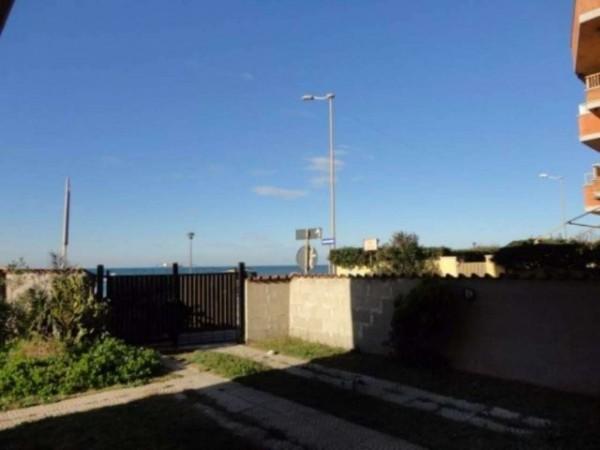 Appartamento in vendita a Ardea, Marina Di Ardea, Con giardino, 50 mq