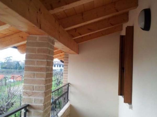 Appartamento in vendita a Padova, Con giardino, 135 mq