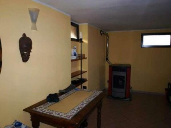 Casa indipendente in vendita a Venaria Reale, Con giardino, 150 mq - Foto 2