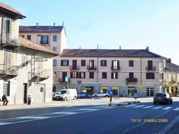 Negozio in vendita a Torino, Barca, 98 mq