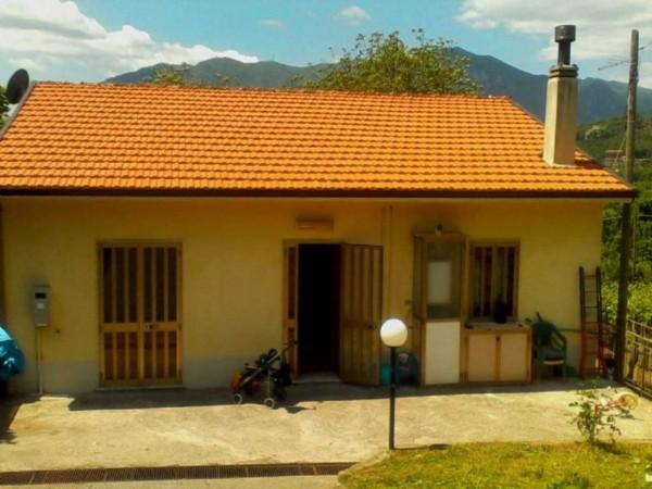 Villa in vendita a Montefredane, Centrale, 150 mq