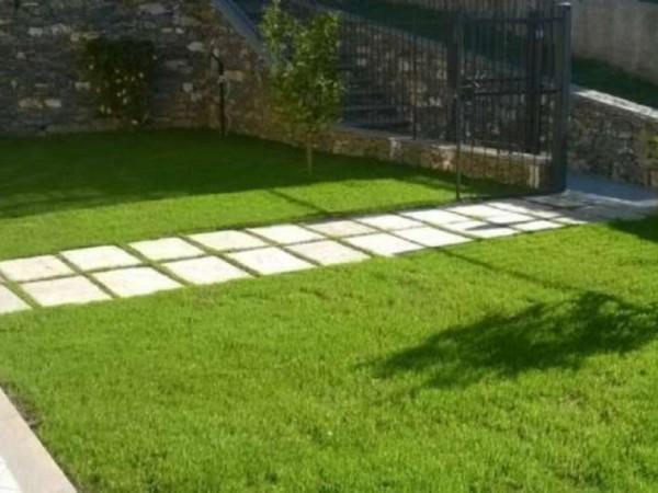 Appartamento in vendita a Recco, Centrale, Con giardino, 80 mq