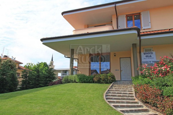 Villa in vendita a Liscate, Con giardino, 200 mq