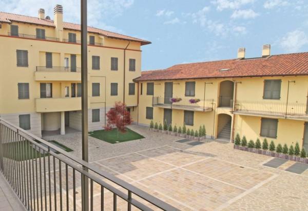 Villetta a schiera in vendita a Inzago, Con giardino, 170 mq - Foto 2