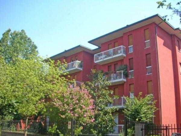 Appartamento in vendita a Cassano d'Adda, Mercato, Con giardino, 90 mq