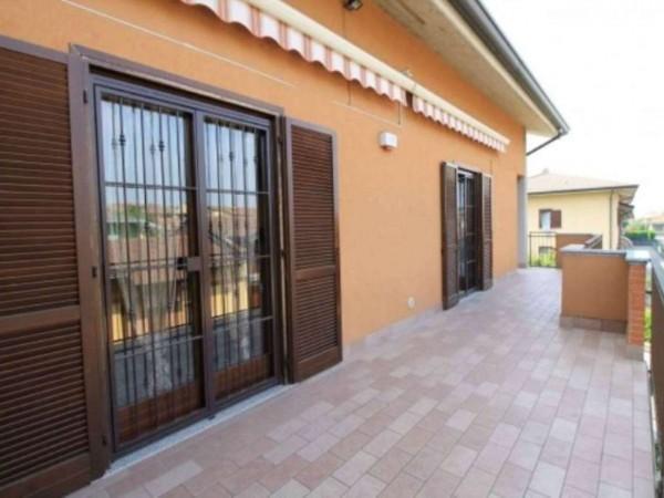 Appartamento in vendita a Trezzano Rosa, Con giardino, 146 mq