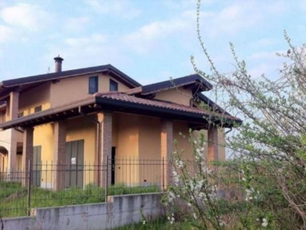 Villa in vendita a Fara Gera d'Adda, Con giardino, 200 mq