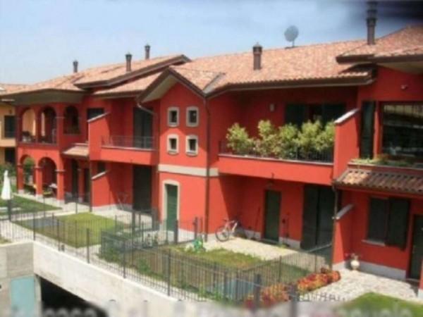 Appartamento in vendita a Fara Gera d'Adda, Con giardino, 95 mq