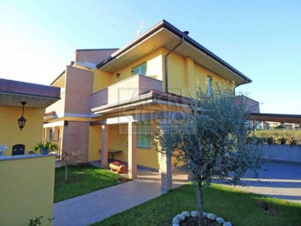Villa in vendita a Casirate d'Adda, Con giardino, 130 mq