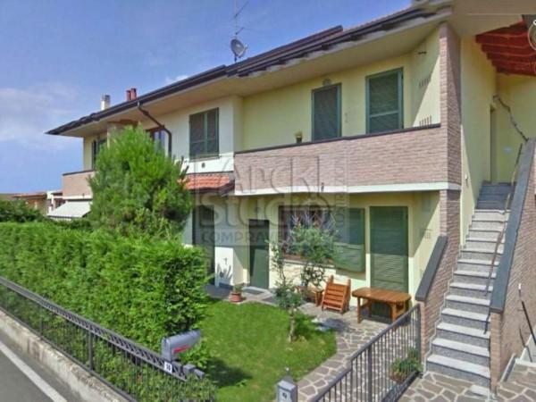 Appartamento in vendita a Casirate d'Adda, Casirate Vic. Treviglio, Con giardino, 99 mq - Foto 2