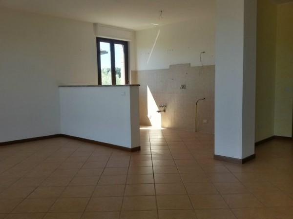 Appartamento in vendita a Perugia, S. Croce(villa Pitignano) - Ponte Felcino, Villa Pitignano, 95 mq