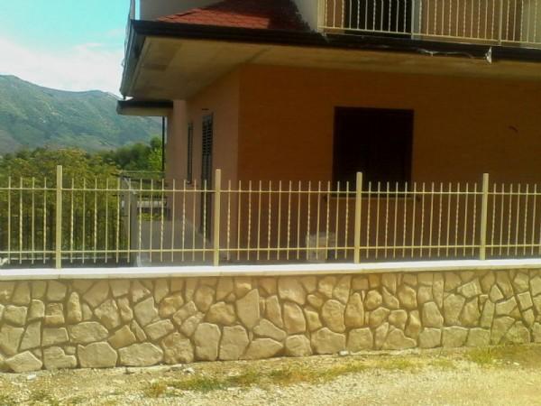 Appartamento in vendita a Aiello del Sabato, Centrale, 90 mq