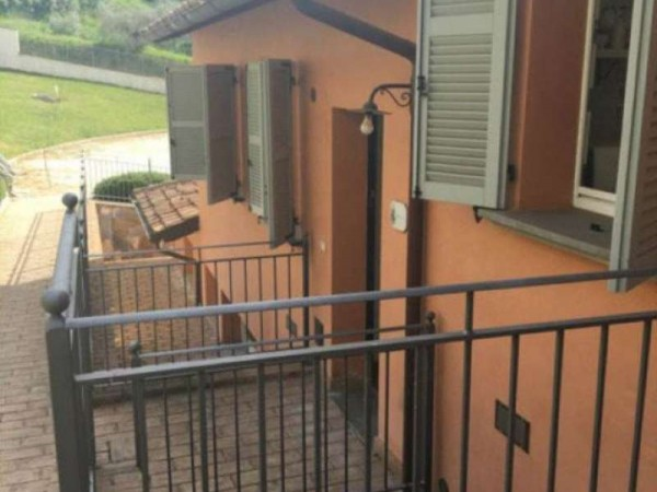 Appartamento in affitto a Magione, Arredato, con giardino, 75 mq