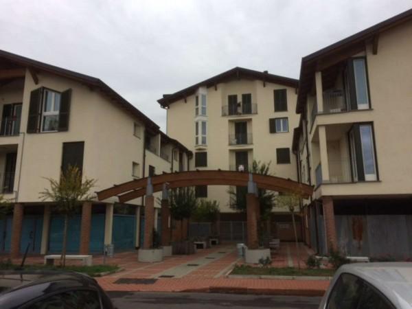 Appartamento in vendita a Caronno Pertusella, 104 mq - Foto 2