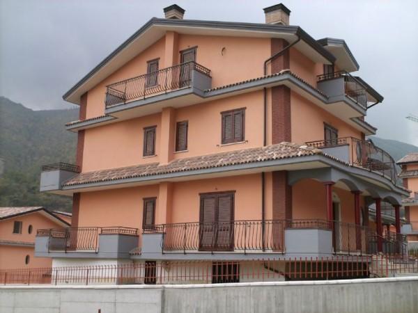Villa in vendita a Monteforte Irpino, Centrale, 280 mq - Foto 2