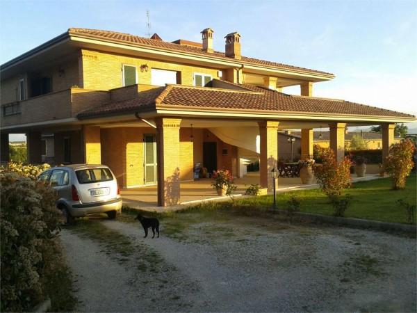 Appartamento in vendita a corciano san mariano con for Giardino 90 mq
