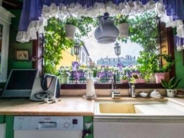 Casa indipendente in vendita a Cesena, 250 mq